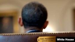 El presidente Barack Obama menciona deshielo con Cuba en su carta de despedida.