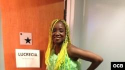 Lucrecia Pérez Sáez en homenaje a Celia Cruz en el teatro Apolo de Nueva York