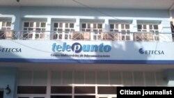 Reporta Cuba. Oficina de ETECSA, en Bayamo.