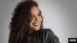 1800 Online con Joanna Gómez Carbonell, la actriz cubana que triunfa en Broadway