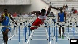 El atleta cubano Dayron Robles, campeón olímpico y mundial. Foto de archivo
