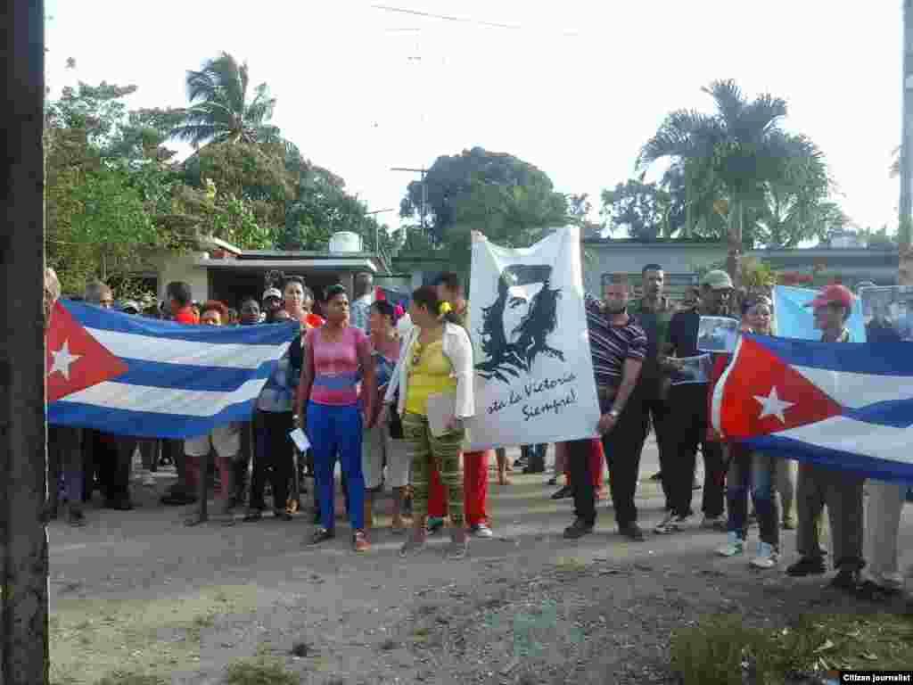 Reporta Cuba Opositores sufren asedio y actos de repudio Placetas Foto Donaida Pérez
