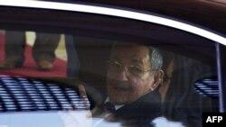 Raúl Castro en Argelia.