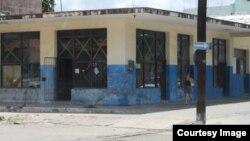 Cubanos se quejan de las tiendas comisionistas