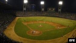 Vista general del estadio Latinoamericano en La Habana.