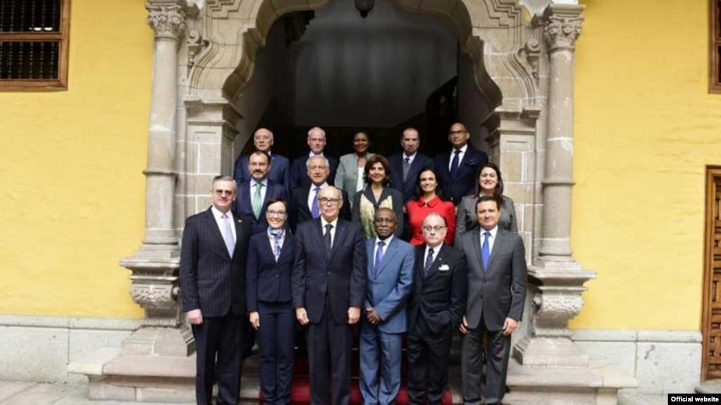 Cancilleres reunidos en Lima desconocen la Asamblea Constituyente instaurada por el gobierno de Nicolás Maduro en Venezuela.