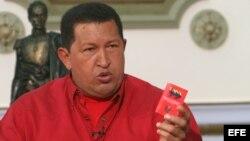 """Hugo Chávez en 2007, después que el rey de España Juan Carlos le dijera el famoso """"¿por qué no te callas?""""."""