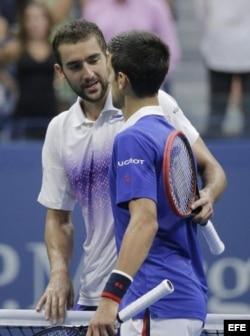 Cilic (i), Djokovic (d).