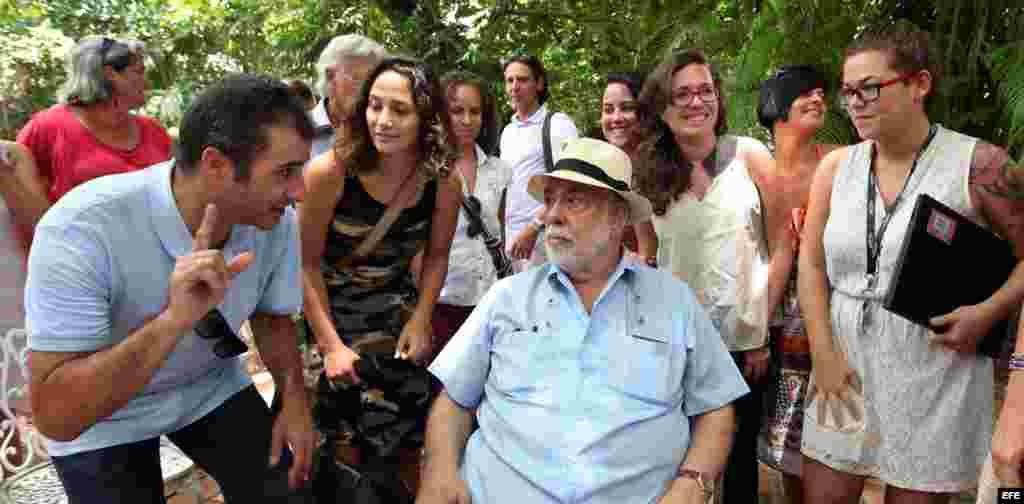 El realizador estadounidense Francis Ford Coppola es visto hoy, martes 14 de julio del 2015, durante una charla con los estudiantes de la Escuela Internacional de Cine de La Habana en La Habana (Cuba).