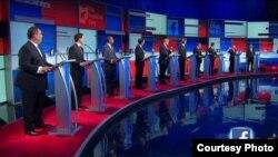 Debate de 10 candidatos republicanos a la Presidencia.