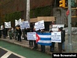 Un grupo de cubanos pide que se vote en contra de la inclusión de Cuba en el Consejo de Derechos Humanos.