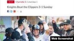 Los jugadores de Charlotte Knights felicitan a Yoan Moncada. Tomado de https://www.milb.com/knights/news/knights-beat-the-clippers-3-1-sunday/c-227467522/t-196097284