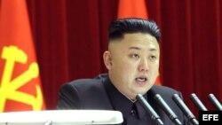 Kim Jong-un en una sesión plenaria del Comité Central del Partido único de los Trabajadores celebrado en Pyongyang. (Archivo)
