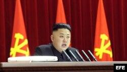 Kim Jong-un en una sesión plenaria del Comité Central del Partido único de los Trabajadores celebrado en Pyongyang, Corea del Norte.