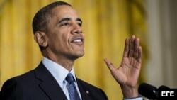 Barack Obama pide revisión de política de deportación.