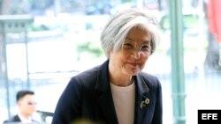 Ministra de Asuntos Exteriores de Corea del Sur, Kang Kyung-wha, visita Vietnam