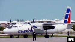 Fotografía de archivo. Avión de Cubana de Aviación.