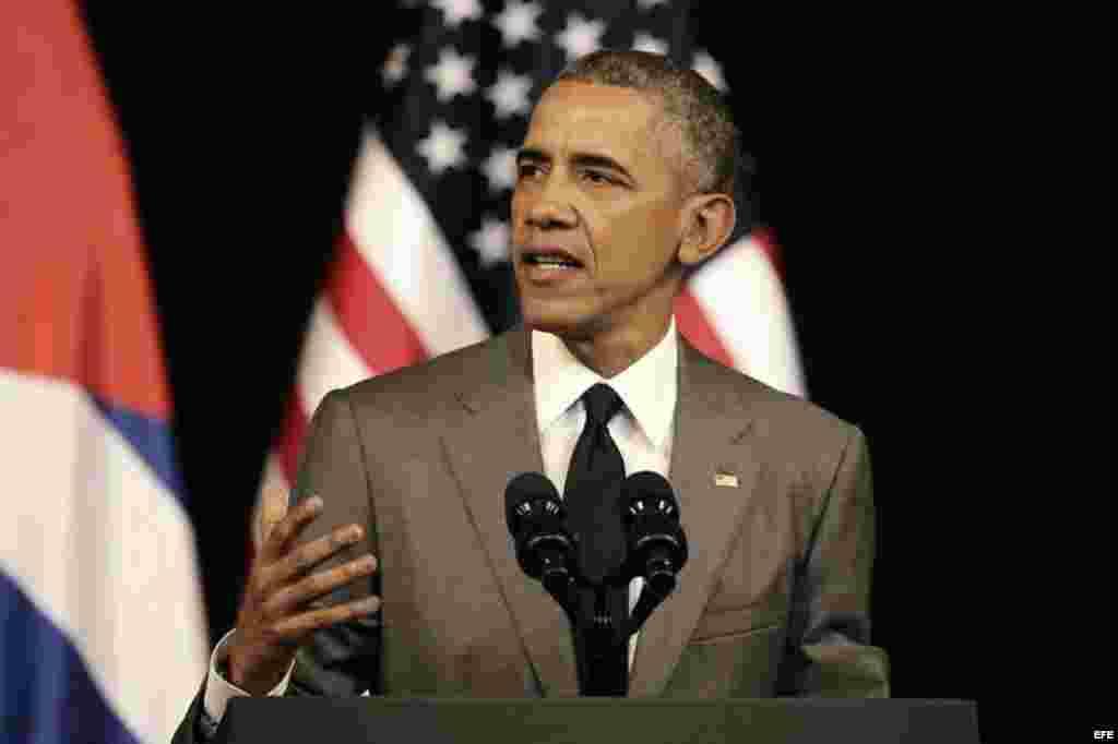 El presidente de Estados Unidos, Barack Obama, ofrece un discurso al pueblo cubano hoy, martes 22 de marzo de 2016, en el Gran Teatro de La Habana en La Habana (Cuba).