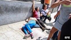 Una persona falleció y 3 heridos en Caracas por ataque de colectivos a las urnas