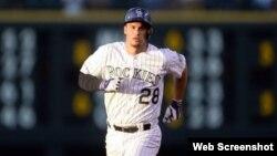 Nolan Arenado, tercera base de los Rockies.