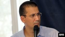 Raúl Castro no ha hecho cambios, sólo ajustes, afirma Rodiles