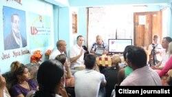 """El taller forma parte del proyecto """"Cuba Tweets Joven""""."""