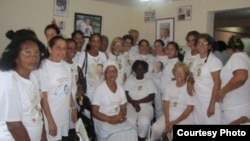 Té Literario de las Damas de Blanco en La Habana