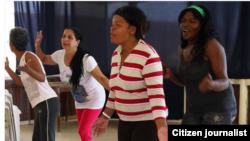 Reporta Cuba. Damas cuentan sus historias. Foto: Ailer González.