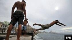 Menos jóvenes aceptan dirigir los CDR en Cuba