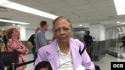 Martha Beatriz Roque, a su llegada a Miami.