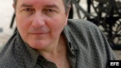 Nombran a Roberto Ampuero Ministro de Cultura en Chile