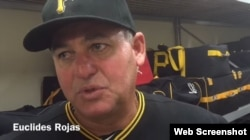 Coach de pitcheo de los Piratas de Pittsburgh.