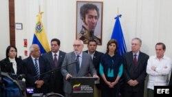 Gobierno venezolano rechazó ley de amnistía.