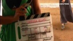 Coppola visita la Escuela Internacional de Cine en Cuba