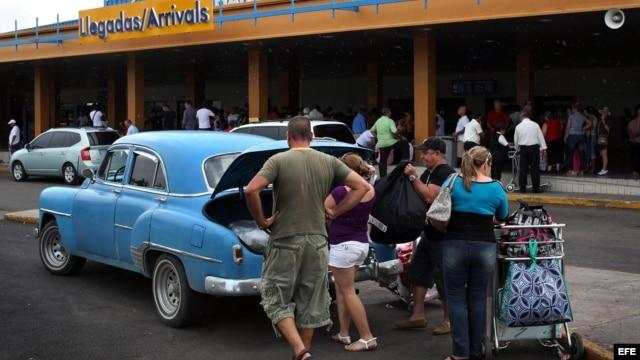 En los últimos 18 meses más de 57 mil personas han viajado a Cuba desde el aeropuerto de Tampa.