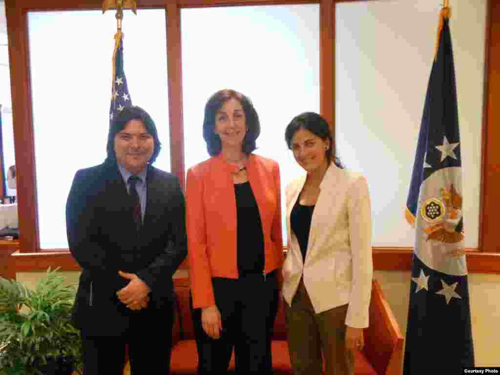 Rosa María Payá se reúne con Madeleine Albright y Roberta Jaconson
