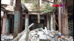 Familias viven entre escombros en edificio en La Habana