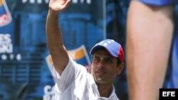 Henrique Capriles: Para tener amigos no hace falta comprarlos