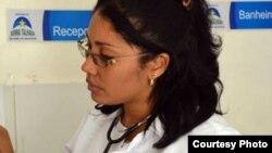 Yandra Alayo, médica asignada a Pernambuco por el programa Más Médicos, escapó de Brasil a Miami.