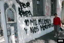 Ataques contra iglesias en Santiago de Chile en protesta por visita del papa