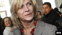 Ex ministra chilena Evelyn Matthei registró su candidatura para elecciones