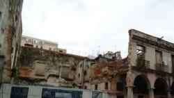 Derrumbe en Habana Vieja tras aguacero intenso anoche