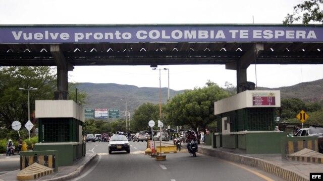 Cruce de frontera Colombia-Venezuela.