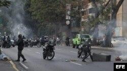 El Wall Street Journal anticipa que todo parece indicar que el caos se recrudecerá en Venezuela.