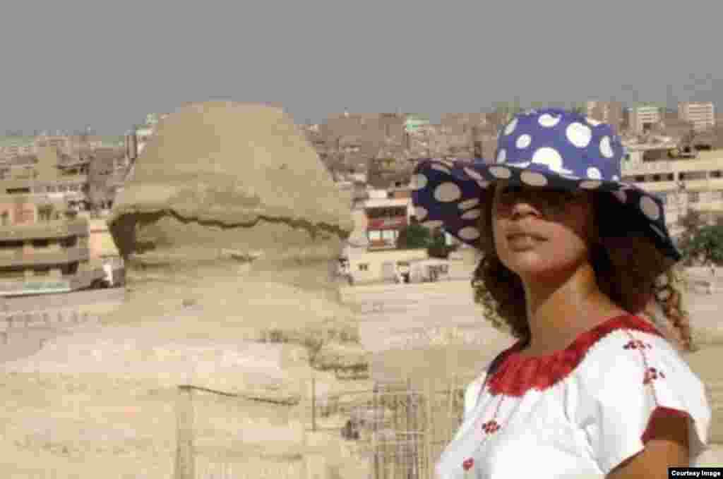 Niurka Seyfert Fernández , una 'viajera trotamundos' en Egipto. Foto cortesía de NSF.