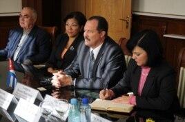 Embajador de Cuba en Belarus, Nieves Portuondo, cuando visitó Gomel.