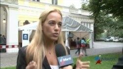 Lilian Tintori presenta caso de Leopoldo López en Forum 2000