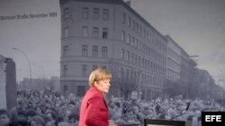 Preside Angela Merkel en Berlín los actos en recordación de la caída del Muro
