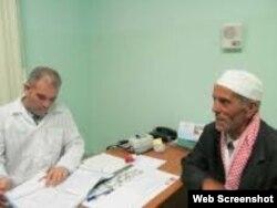 Argelia, primer país en recibirlos en 1963, paga por los servicios de unos 700 trabajadores de la salud cubanos.
