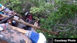 Ultimas imágenes de los balseros antes de partir de Manzanillo